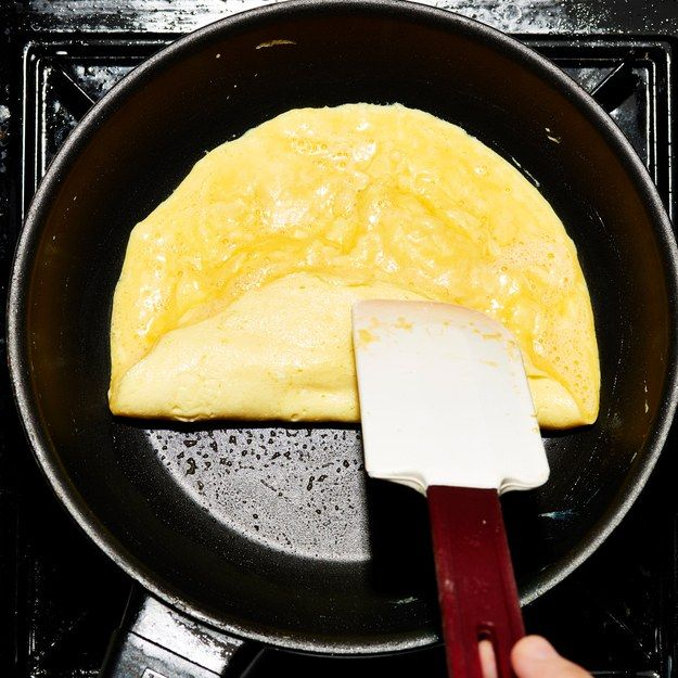 French omelet pan spatula roll flip