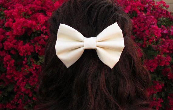 Cream Hair Bow