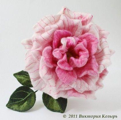 """Брошь """"Аврора"""" - брошь цветок,розовая роза,брошь роза,украшение,брошь в форме цветка"""