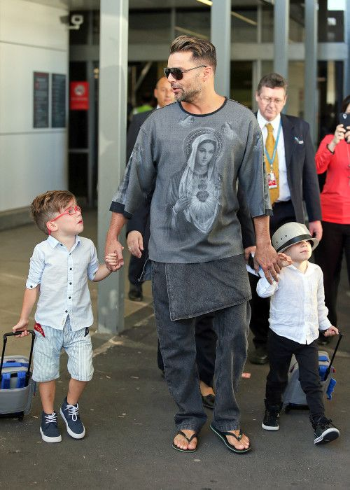 Ricky Martin and his cool boys arrive in Sydney **USA ONLY** – Gallery Photo 3 | Celebrity Baby Scoop