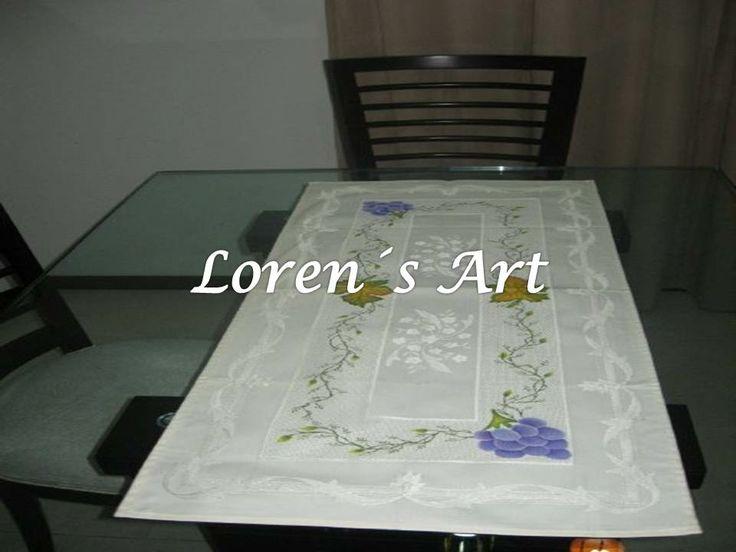 camino de mesa pintado sobre tela brasilera