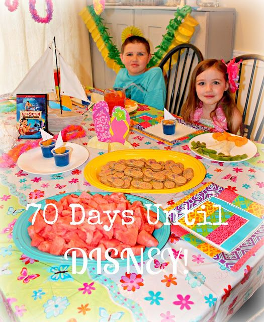Cute idea for a Countdown to Disney Party