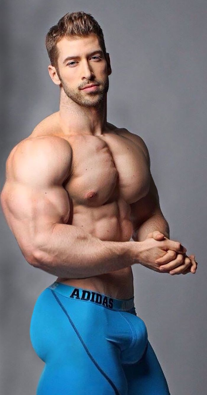 muscular men with big cocks