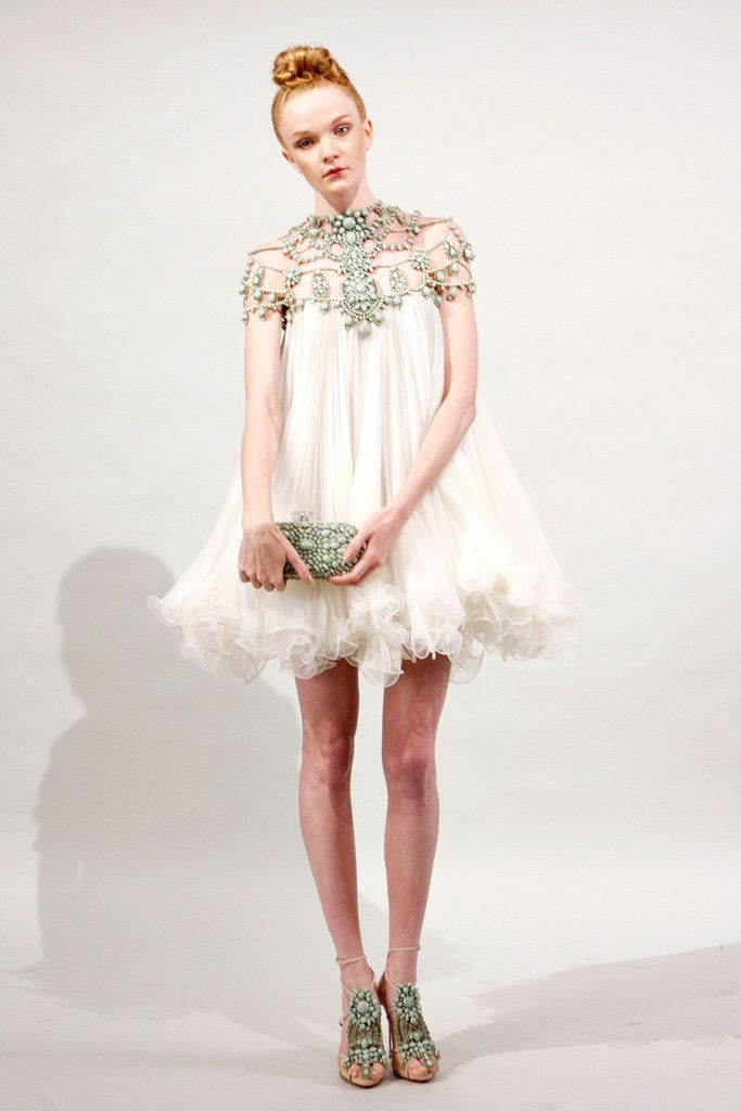 Marchesa Spring 2011 Ready to Wear Collection Photos   Vogue