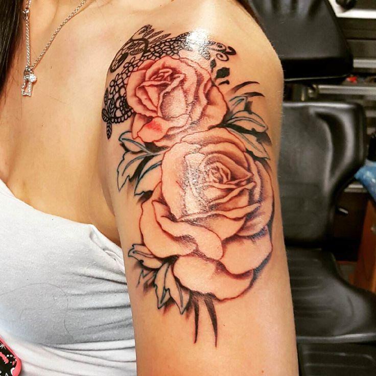 Women rose shoulder tattoos the image for On top of shoulder tattoo