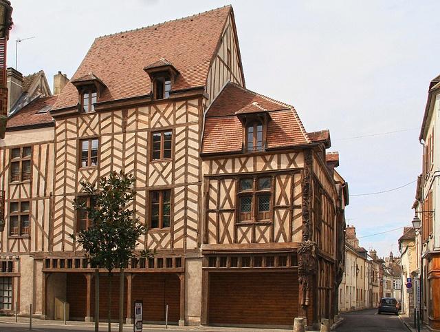 Sens #Yonne #HauteBourgogne