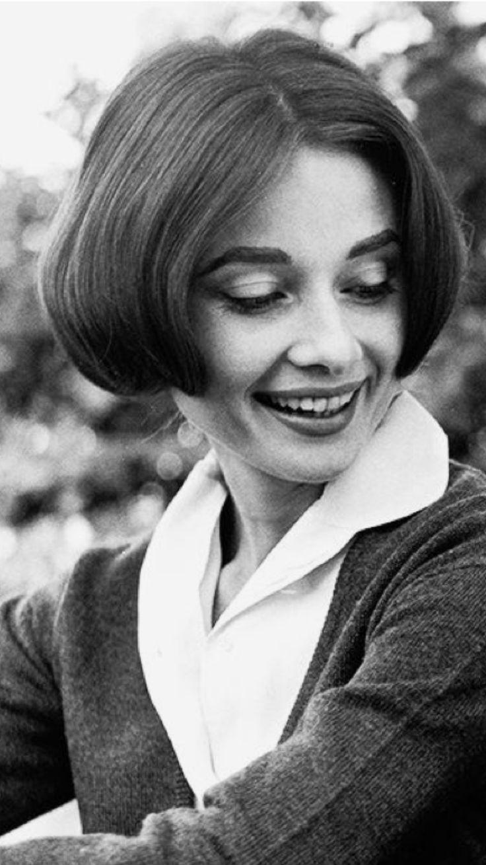 Audrey Hepburn by Sid Avery-1957.