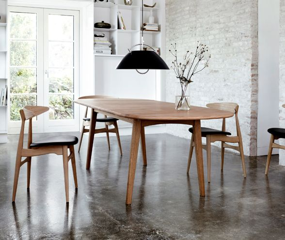 Carl hansen son ch006 dining table ch24 wishbone chairs for Swedish style dining chairs