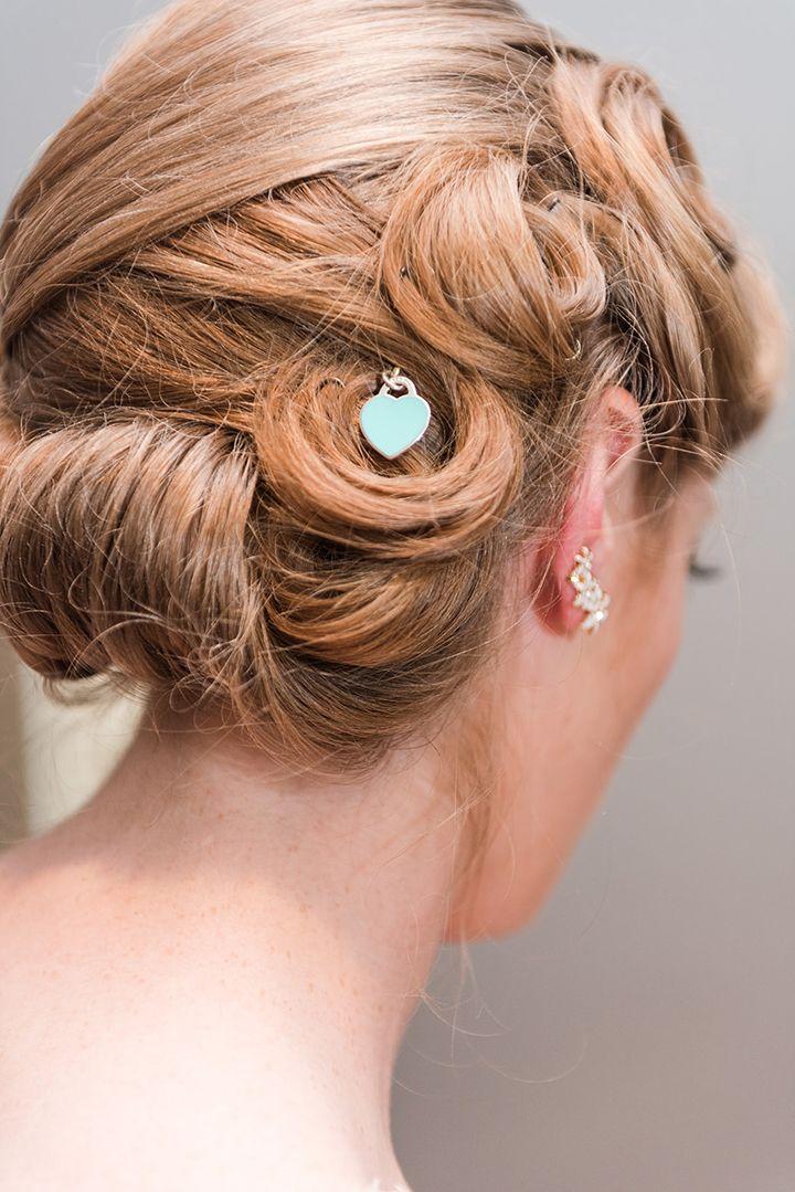 Vintage Curls Enchanting By Mon Cheri S Knee Length Dress Vintage Curls Vintage Hairstyles Hair Style Recogido