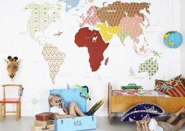 Kaarten als muurdecoratie - Inspiratie voor je babykamer en kinderkamer - LieveKeet