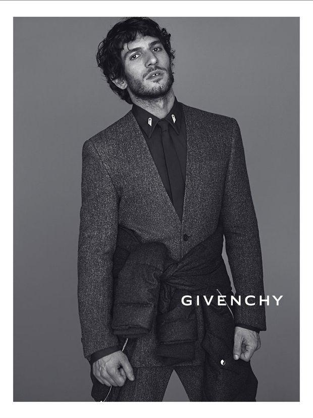 Quim Gutierrez para Givenchy