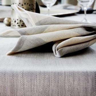 wonga road silver/cream stripe napkin and silver tablecloth