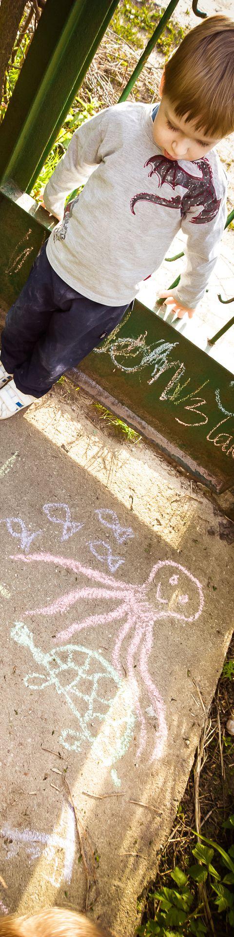 Wesołe rysowanie :) #dzieci #nokia #lumia1020. Cała galeria ze smartfona: http://www.snaphub.pl/galerie/nokia-lumia-1020-najlepszy-fotograficzny-smartfon