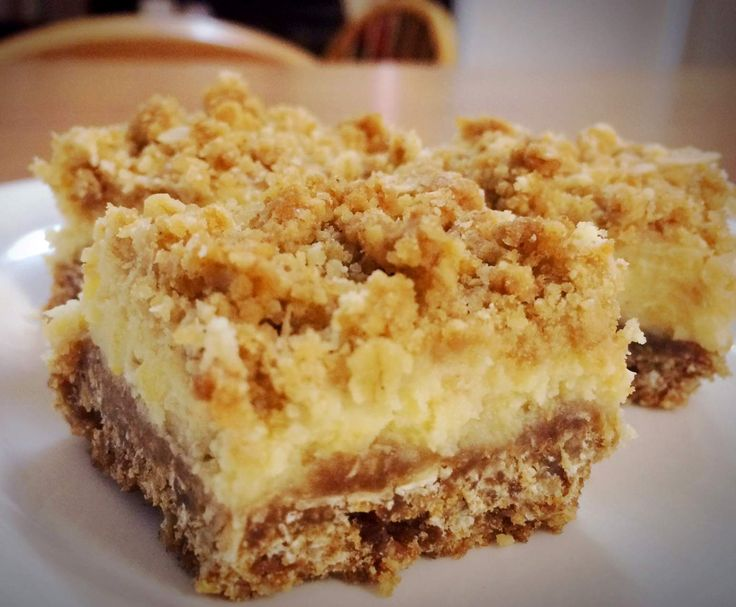 Recipe Lemon Crumble Slice by KB Thermo Dough Heads - Recipe of category Baking - sweet