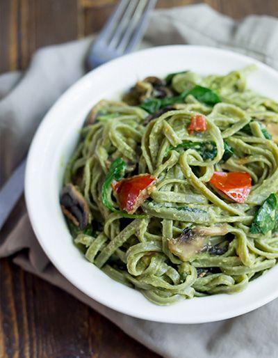 De lekkerste recepten vind je op Foodsels. Wat dacht je van deze superfood pasta? Gezond, licht en vegetarisch. Echt iets voor een meatless monday.