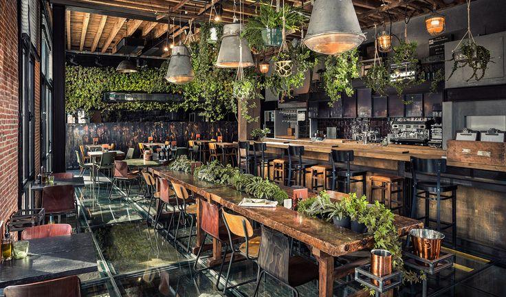 Combi planten en een warme industriële look (Roest in Antwerpen)