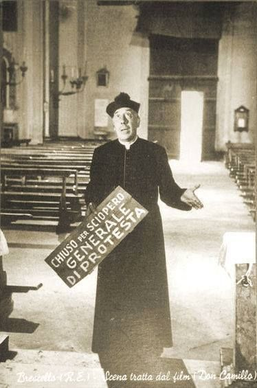Don Camillo in chiesa