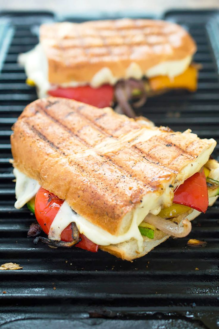 Grilled Vegetable Panini #healthy #grillpan #recipes http://greatist.com/eat/grill-pan-recipes