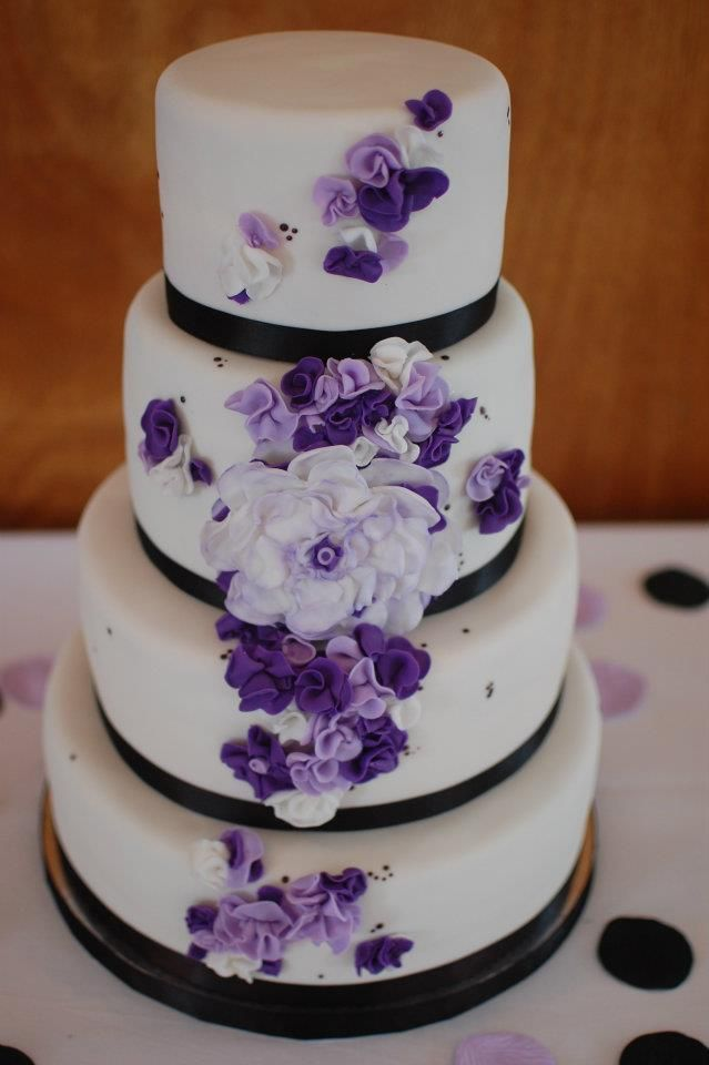 Wedding Cakes - Purple Flowers