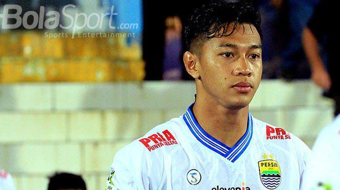 Laga Lawan Arema FC Berakhir Ricuh, Begini Perasaan Bek Persib Bandung Asal Malang
