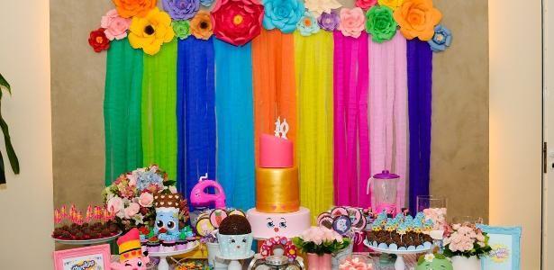 Febre entre a criançada, miniaturas Shopkins viram decoração de aniversário