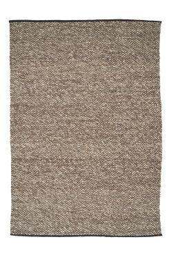 Linie Design Matta Atalja 140 x 200 Handvävd matta i 100% ull. Klassisk, nordisk design med rustik struktur. En varm och mjuk matta som ger en ombonad atmosfär. Tvättinstruktion: Kemtvätt.