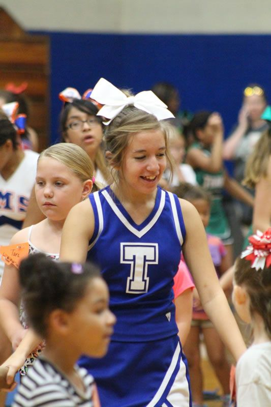 Cheerleading | Junior High Girls Cheerleading | Christian