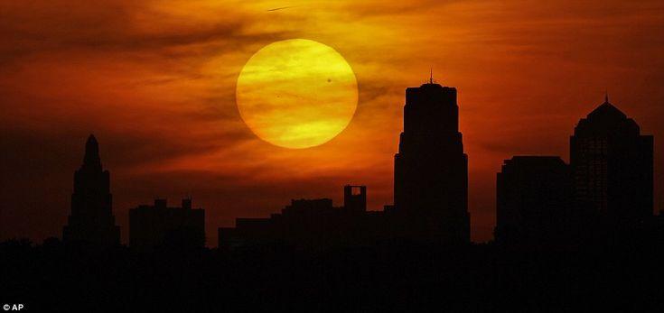 Venus in transit across the Sun....just brilliant!