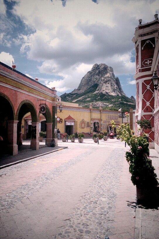 Peña del Bernal Quetetaro ,Pueblo. Magico.