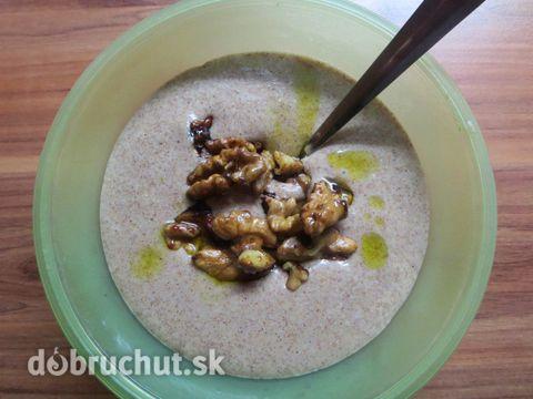 Fotorecept: Amarantová kaša s karamelizovanými orechmi