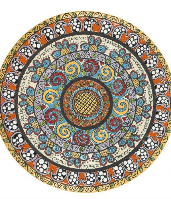 Piatto in ceramica artigianale, diametro 51 cm, decoro cuerda seca.