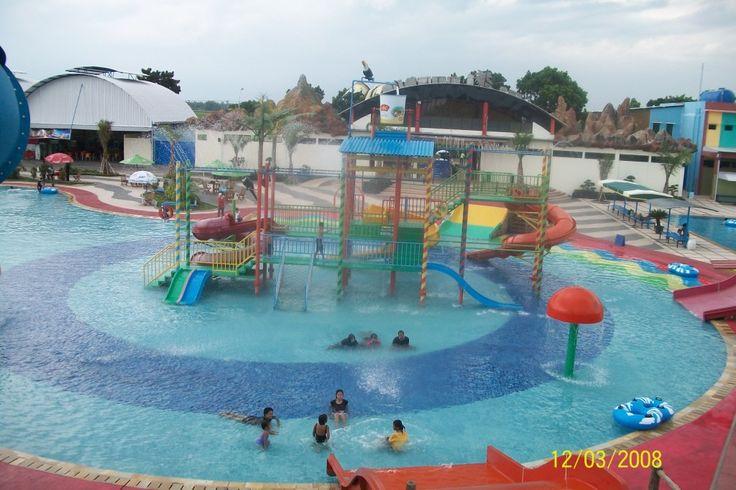 Kami GN. TECHNOLOGIES bergerak di bidang jasa konstruksi wave swimming pool. Dengan menangani layanan jasa sebagai berikut: 1. Perencanaan/design 2. Landscaping 3. Fiber - Water slide (boomerang, waterboom, slide, torpedo, raceslide) - Ember Tumpah - Mannesuin, playground - Patung-patung, Maskot, Sepeda air - Untang anting dll 4. Konstruksi, sipil. - Kolam (kolam Ombak, kolam arus, Kiddy pool, semi olympie, surfing Pool/kolam selancar dll)