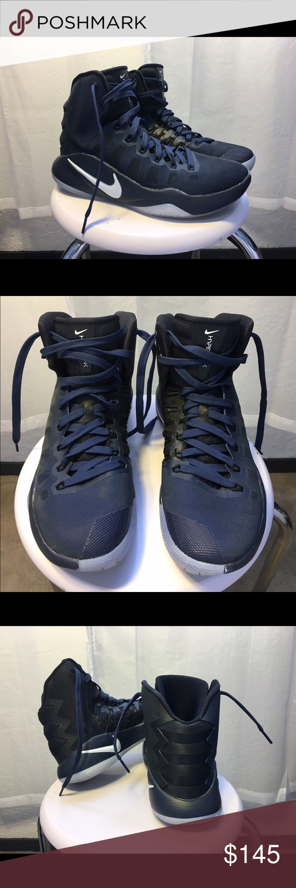 Women's Nike Hyperdunk basketball shoe size 8.5 Brand new Nike Hyperdunks • Barely worn • Quality basketball shoes • Indoor court shoes • Navy blue and black with white Nike symbol, silver bottoms Nike Shoes Athletic Shoes