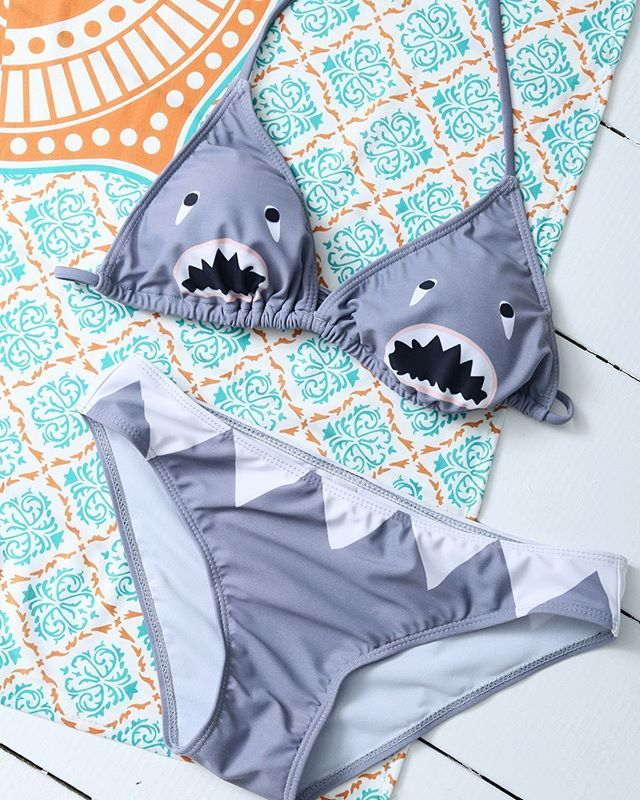 This shark bikini is so cute, isn't it?😝😝 Shop in our bio link Sigue el link en nuestra bio para comprar #rosegal #fashion #inspiration #fashioninspiration #instagoods #instafashion #instapicture #string #pretty #bikini #shark