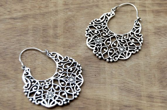 Hey, I found this really awesome Etsy listing at https://www.etsy.com/listing/259804174/gypsy-earrings-boho-earrings-silver-hoop