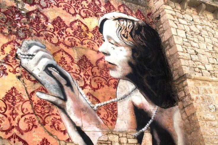 Bocca di rosa a Corato: un murale ricorda Carmela