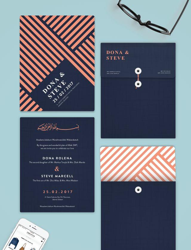 Dark Opposite line wedding invitation. Garis lurus saling bersebrangan membentuk pola estetika yang modern dan minimalis. Cocok untuk tema pernikahan yang ingin terlihat mewah dan megah. Dengan amplop yang di desain khusus yang menambah kemewahan undangan pernikahan ini.