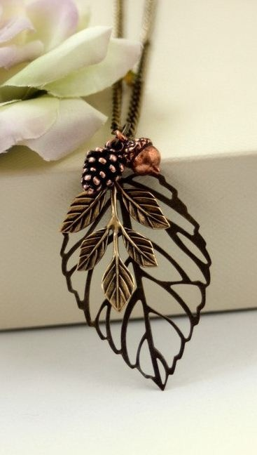 Antiqued bronze leaf necklace. So pretty!