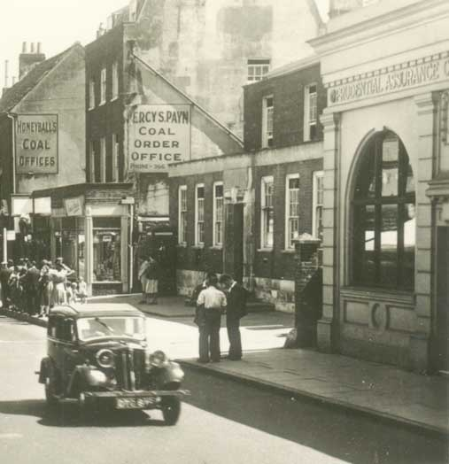 High Street, with the old post office before it was moved to Central Avenue