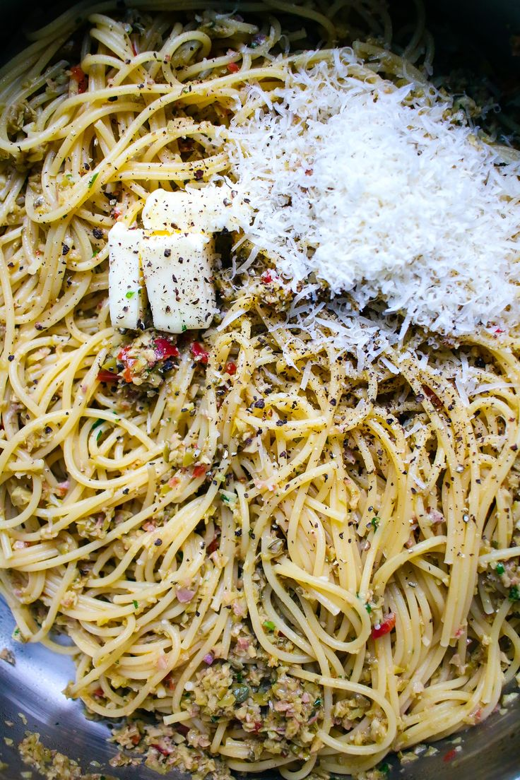 Olive Tapenade Spaghetti with Garlic Breadcrumbs| I Will Not Eat Oysters