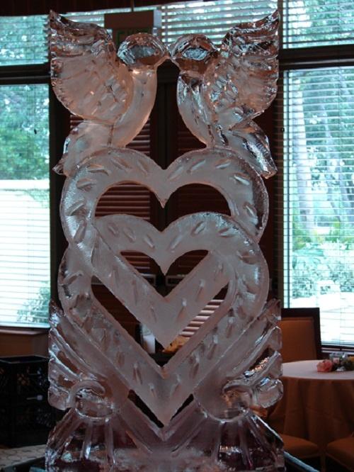 Beautiful Wedding Ice Sculpture