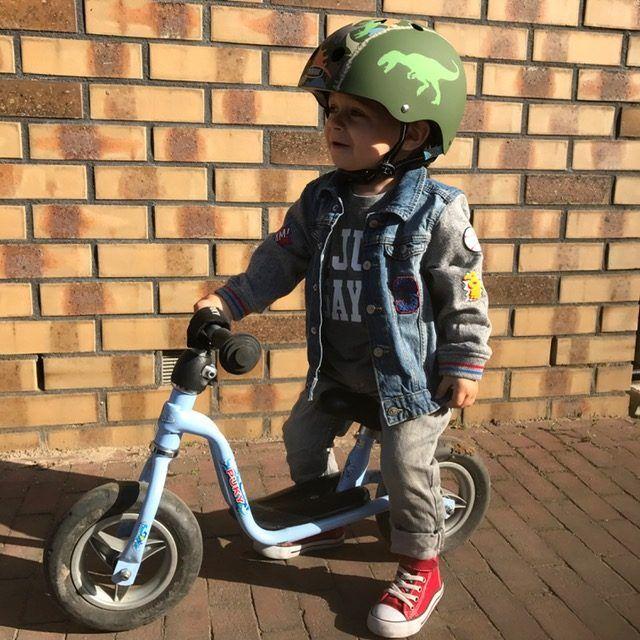 De fietshelm, niet verplicht wel verstandig en veilig!
