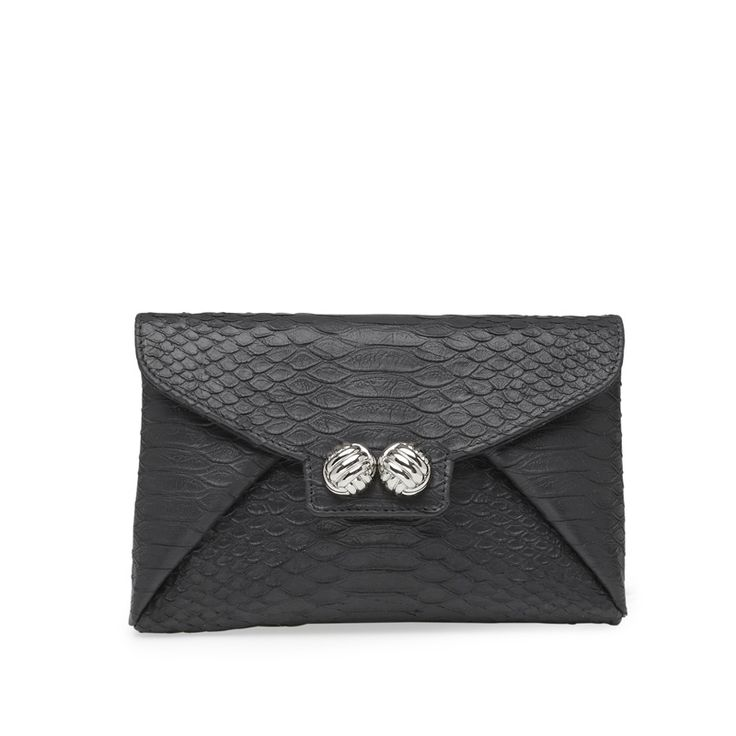 Going out? Not without this black beauty from Leowulff.  Clutch with detachable silver chain. #Leowulff #clutch #shoulderbag