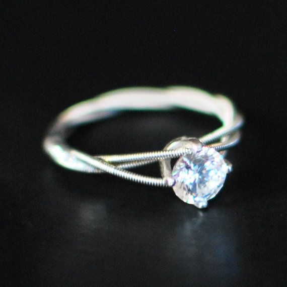 Gitarren String Engagement oder Reinheit Ring, Triple-Wrapped, 6mm klare kubische Zirkonium mit Sterling Silber