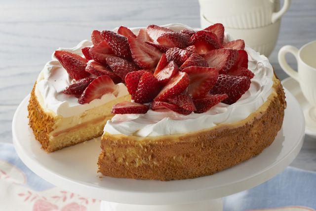 Strawberry Shortcake Cheesecake—To make gluten free (from scratch)??