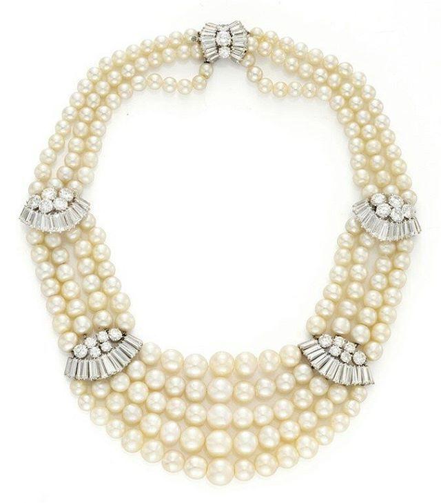 #pearls #diamonds #necklaces #nice #beauty #likeit #instagood #instajewels #highjewellery #jewellery #instajewelry #pearllovers #instapearls #diamondsareforever #mm_mucevhermagazin