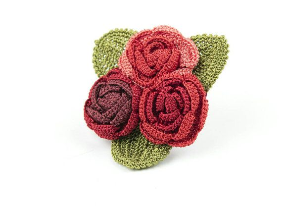 Check out this item in my Etsy shop https://www.etsy.com/listing/271623112/brooch-juicy-roses-handmade-crochet