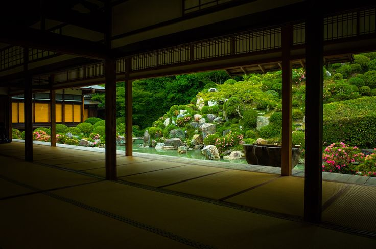 https://flic.kr/p/f3PXbC | empty (Chishaku-in temple, Kyoto) | 1/160s f/5.0 ISO320