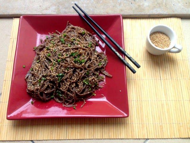 Гречневая лапша соба с кунжутом / Soba noodles with sesame
