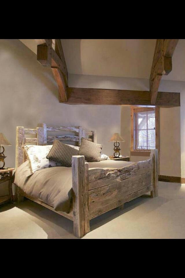 Rustic bed. Looks like drift wood, love it.